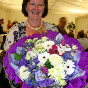 Guest Debbie Boyce one of the lucky raffle winners with her Heidis Heroes bouquet